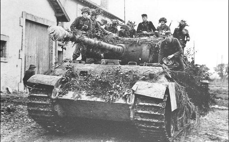 "kruegerwaffen: "" A Panther of Panzer-Brigade 111 enters Bures-sur-Yvette on 20…"