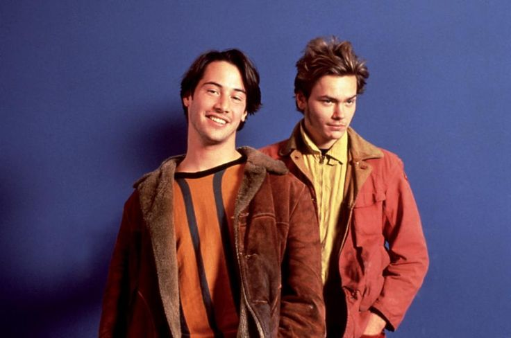 Keanu Reeves, River Phoenix, 1991 | Essential Gay Themed Films To Watch, My Own Private Idaho http://gay-themed-films.com/watch-my-own-private-idaho/