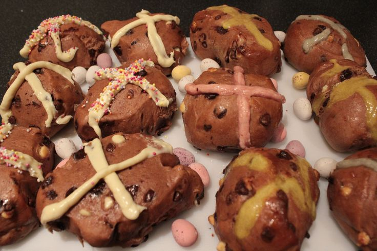 Chocolate Spiced Hotcross Bun