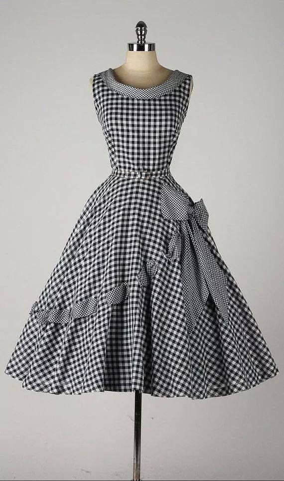 17 best ideas about 50s outfits on pinterest 1950s greaser girl rockabilly fashion and - Retro stuhle gunstig ...