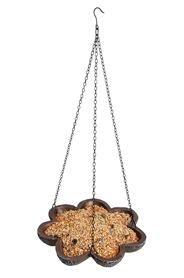 Felakasztható madáretető antik barna színben.Mérete: a tál magassága: 3 cm, átmérő: 25 cm.Súlya: 0,69 kg