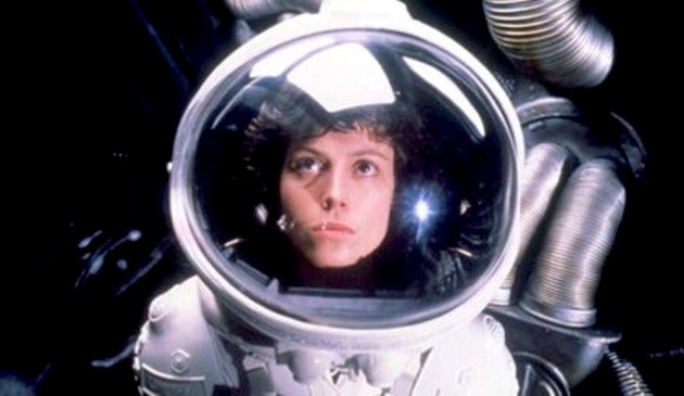 Alien (Dir: Ridley Scott - 1979): Spaces Suits, L'Wren Scott, Scifi, Sci Fi, Sigourney Weaver, Horror Movie, Aliens, Ridleyscott, Ridley Scott