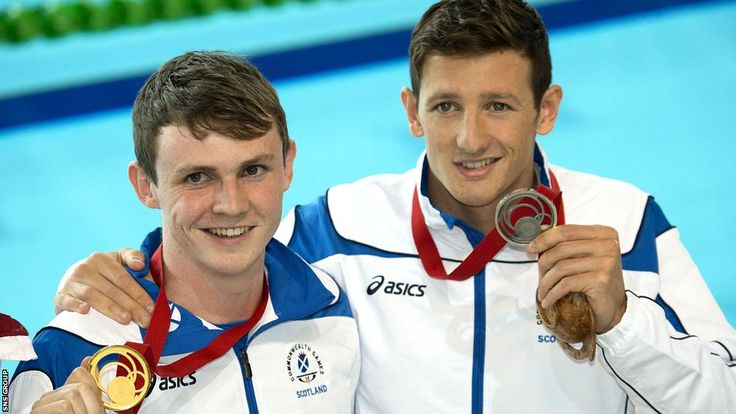 G04: Ross Murdoch stunned red-hot favourite Michael Jamieson to win gold in the 200m breaststroke.