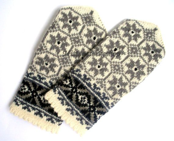 Hand knitted wool mittens- warm and stylish, great and colorful accessory in cold weather!   Wonderful gift for your loved ones!  Mittens size :  S-big child or small female size M-medium size women L-large womens or mens size small XL- large men size XXL--very large size men CAN BE MADE IN ANY SIZE - When you make a purchase, drop me a line in the message to seller as to what size you would like.   READY TO SHIP!  Shipping time to USA, Canada and Australia usually is 10-14 days, or can be…
