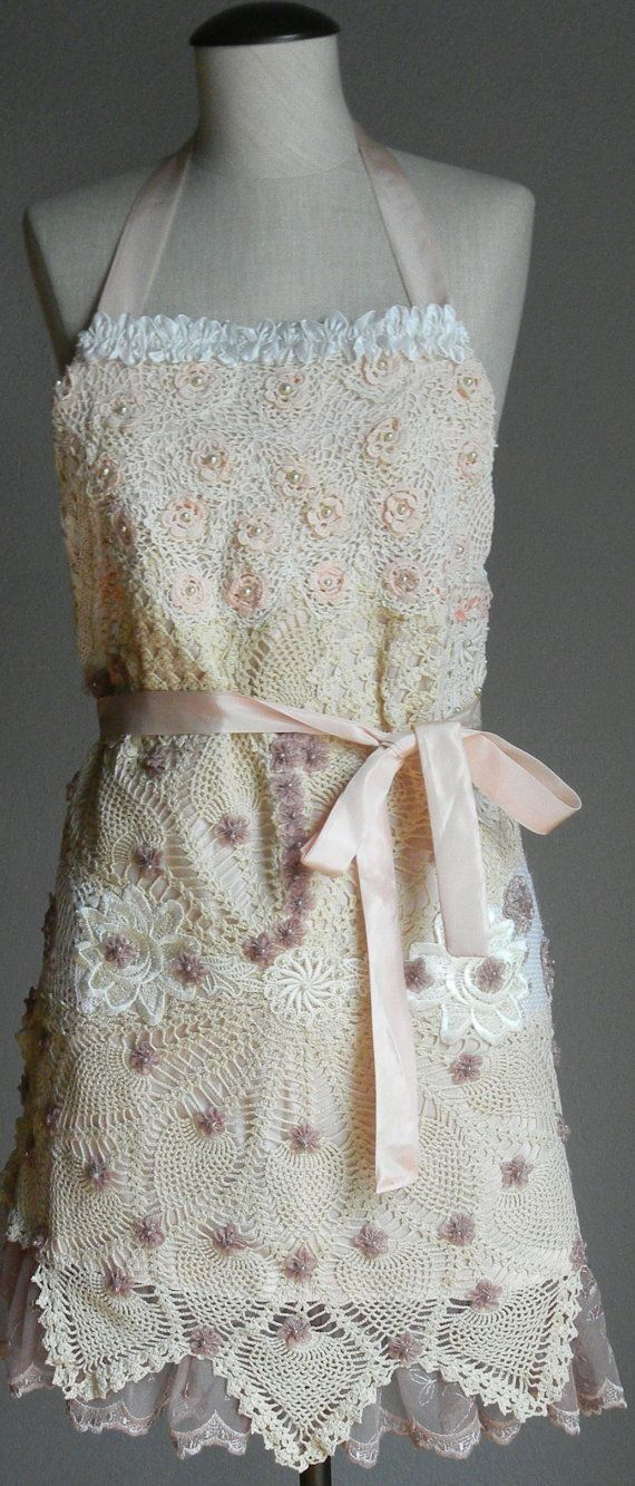 Romantic Embellished FULL APRON with Vintage Crochet Doilies Embellis…)