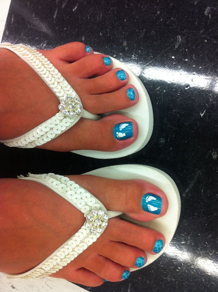 Baby boy toes! : ) I need to get this done