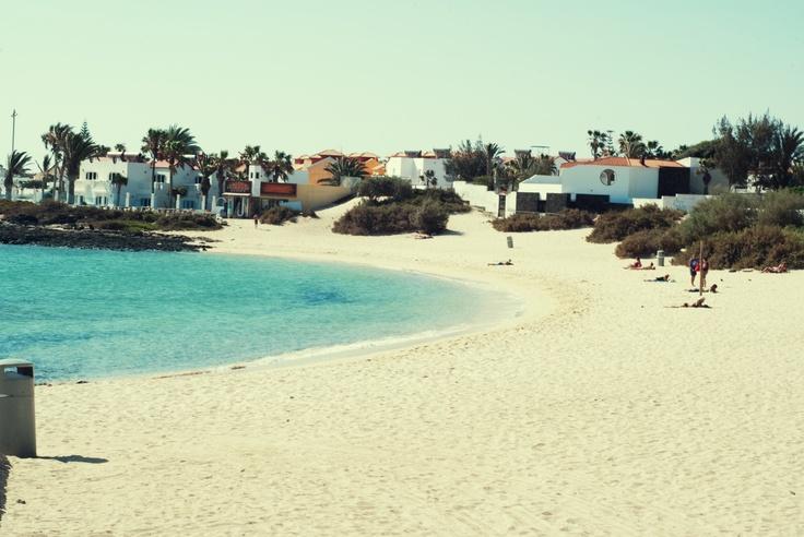 #Corralejo #Fuerteventura, the beach of the town...