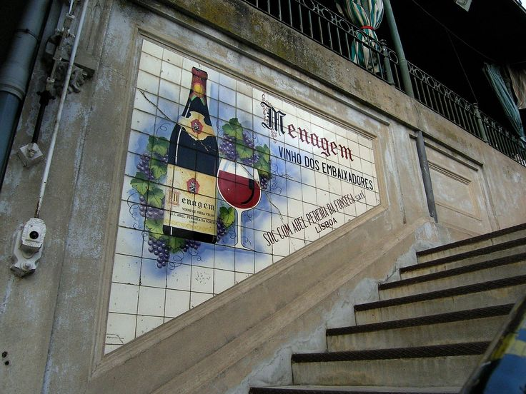 14.  2008.02 - antigo painel publicitário em azulejos