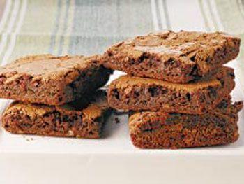 Estas masitas, típicas de los Estados Unidos, se las conoce como negritos o brownies y son unos cuadraditos de chocolate sequitos por fuera y húmedos por d