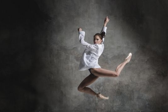 """K. Kravtsova, """"Ballerina in shirt"""""""
