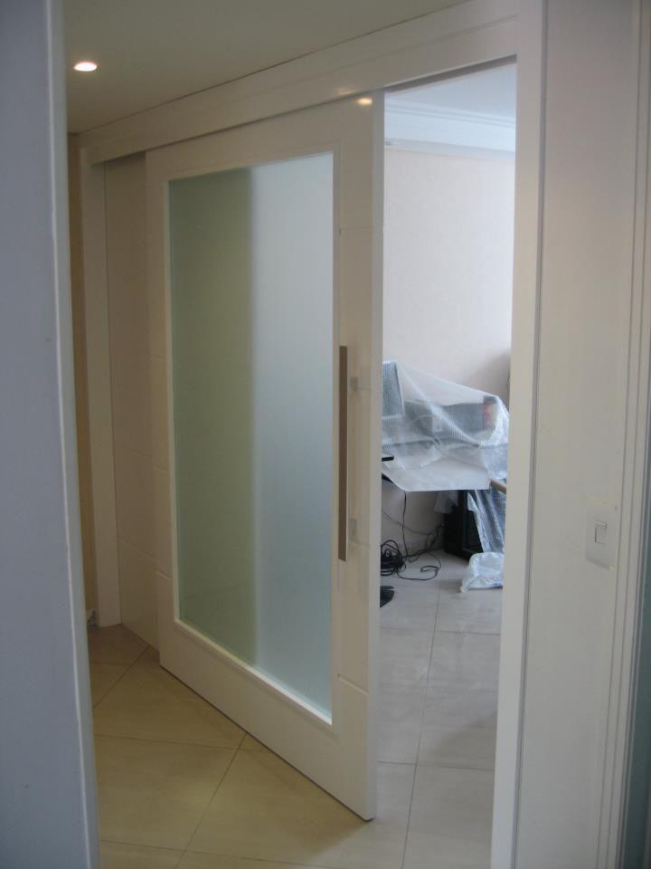 porta de correr com vidro