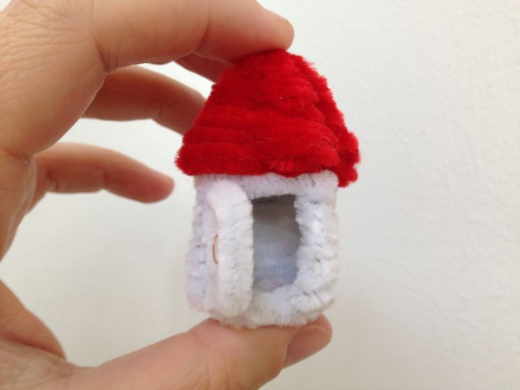 How to make a little Pipe Cleaner House
