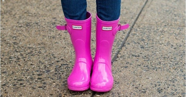 Hunter Boots & Boot Socks From $17.99 Shipped @ Live Out There http://www.lavahotdeals.com/ca/cheap/hunter-boots-boot-socks-17-99-shipped-live/173266?utm_source=pinterest&utm_medium=rss&utm_campaign=at_lavahotdeals
