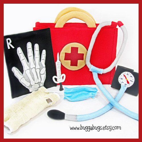 DOCTOR KIT - PDF Pattern (Bag, Stethoscope, Blood Pressure Cuff, Cast, Syringe, Mask, X-Ray)
