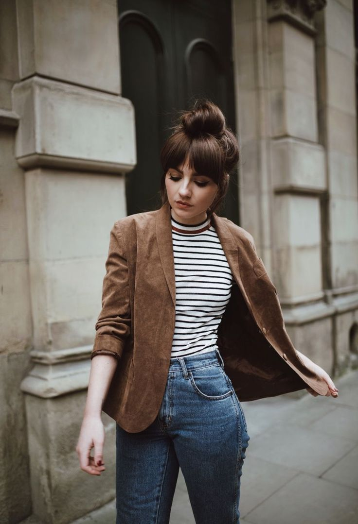 fall styles | fall casual outfits | striped | brown blazers | brunette topknot & bangs | high waisted jeans