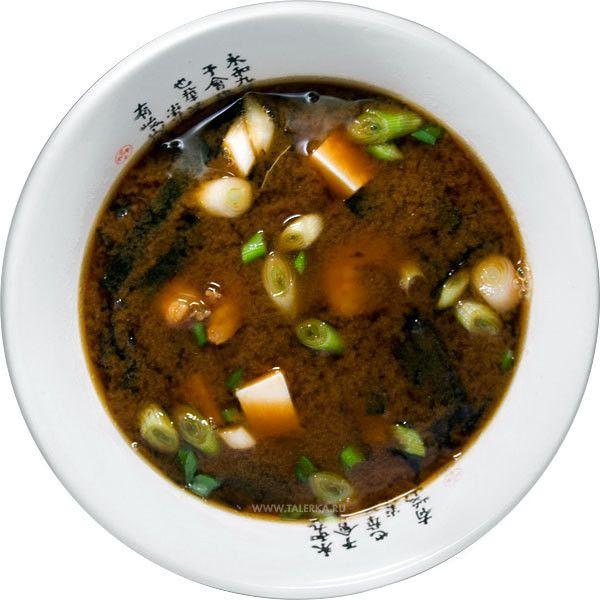Мисо суп с тофу (Miso soup, 味噌汁, tofu to negi no miso shiru) Япония ❤ liked on Polyvore featuring food, fillers, circle, circular and round