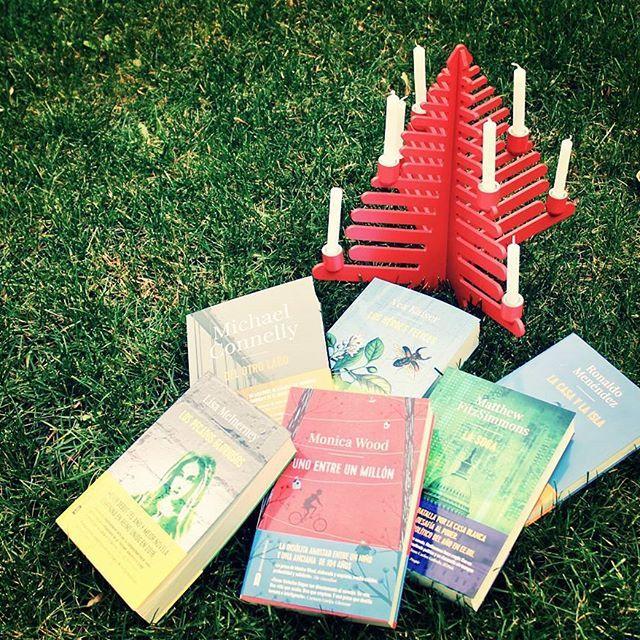 ¡#AdN os desea feliz Navidad y felices libros!