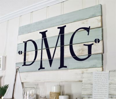 Simple Vinyl Monogram applied to distressed wood boards.  #DIY #vinyl: Distressed Wood, Vinyls Monograms, Wood Boards, Pallets Wood, Boys Rooms, Simple Vinyls, Beaches Houses, Monograms Applying, Wood Pallets