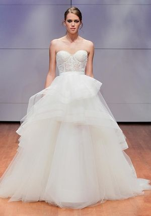 Sweetheart Princess/Ball Gown Wedding Dress  with Natural Waist in Tulle. Bridal Gown Style Number:33368556