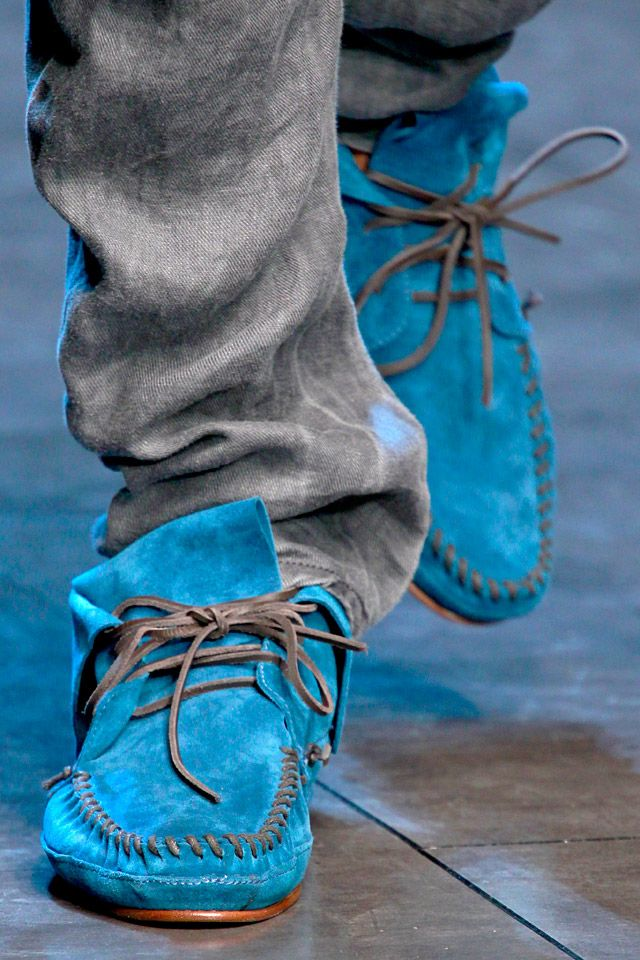 Who do I need to kill for those shoes. Suede and Blue? Yes please!