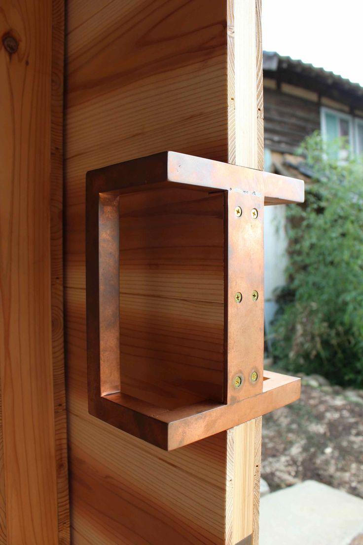 takahashi-cho house door handle | uno tomoaki architects