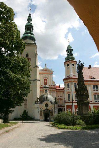 Opactwo cysterskie w Henrykowie - Polska