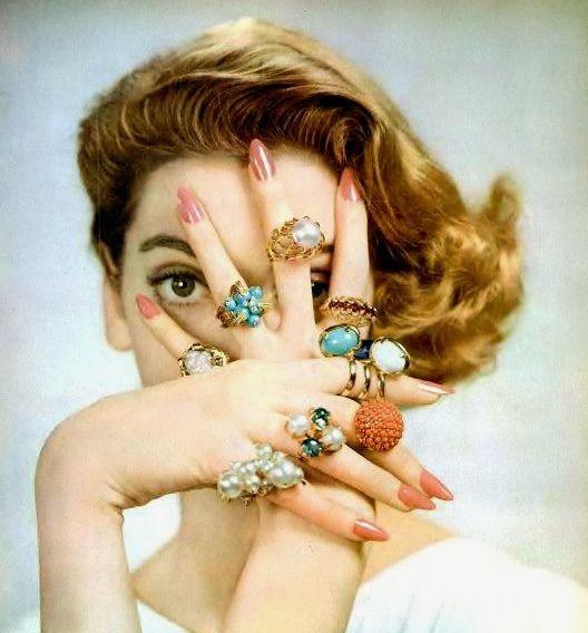 1950s jewelry ad