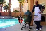 How to Use a Big Green Egg Smoker | eHow