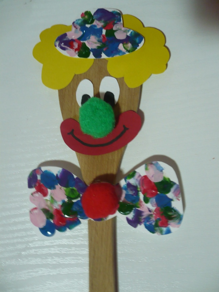 Maro's kindergarten: wooden spoon clown!  #clowncrafts
