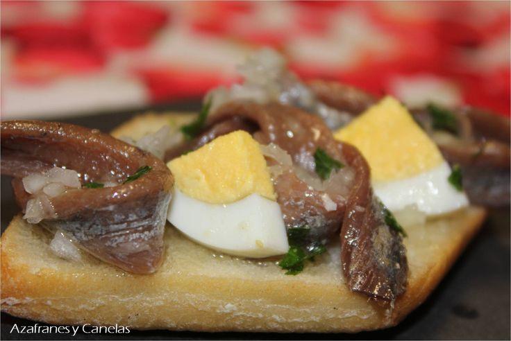 Montadito de anchoa con cabollita francesa y huevo de Tapas francesas