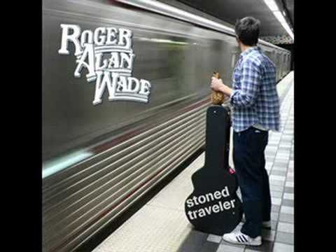 ▶ Roger Alan Wade-If Your Gonna Be Dumb - YouTube