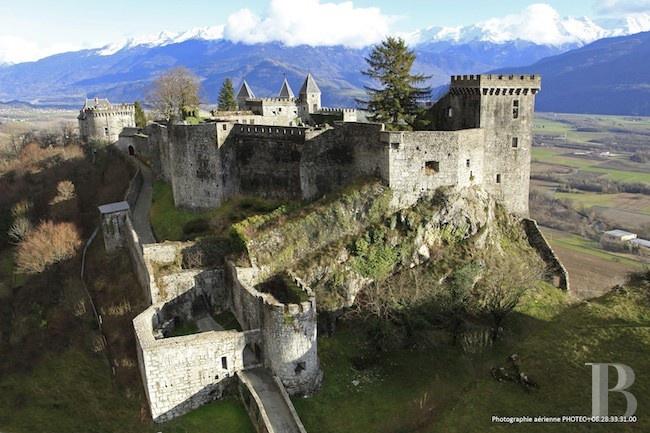 Château de Myolans -Savoie- France. http://www.fasthotel.com/rhone-alpes/hotel-chambery