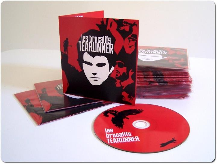 Les Brucalifs  TEARUNNER DELUXE EDITION OUT NOW!  LIMITED COPIES AVAILABLE!  -follow the white rabbit    http://www.garagerecords.it/shopping/tearunner-les-brucalifs/