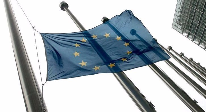 #DÜNYA AB'de tarihi süreç yarın resmen başlıyor: İngiltere Başbakanı Theresa May, Birleşik Krallık'ın Avrupa Birliği'nden ayrılması…