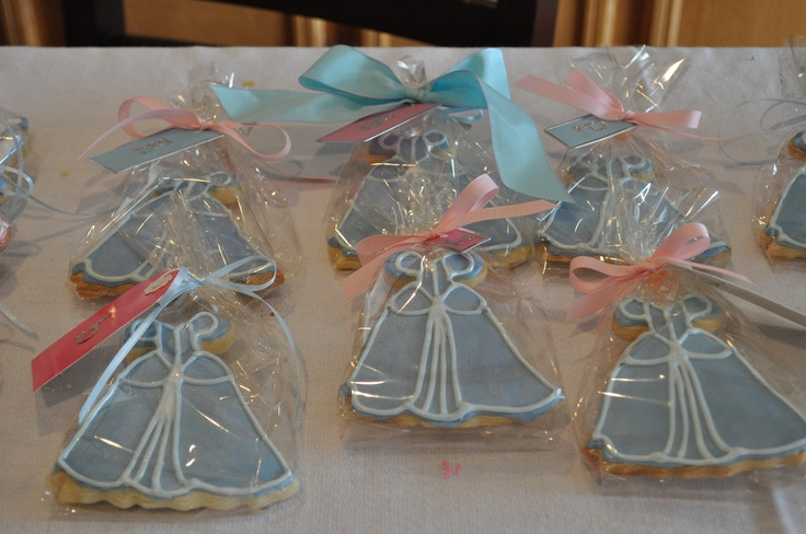 Cinderella dress cookies... a MUST for any Bridal Shower :) maybe make it a little less detailed, just the form of a dress.