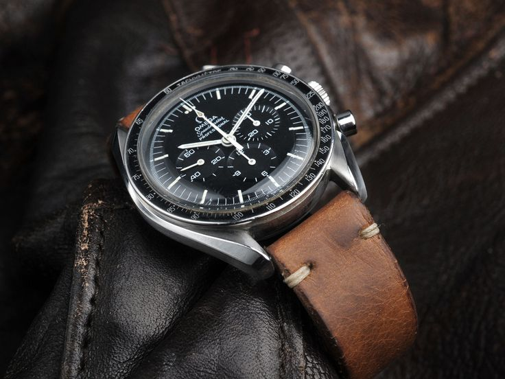 Coming up… Here we have another great looking Omega Speedmaster Professional for sale. A full-size beauty from the year of the Moon landing > 1969. What better year to get an Speedmaster from then the year its use in space made it so famous? And...