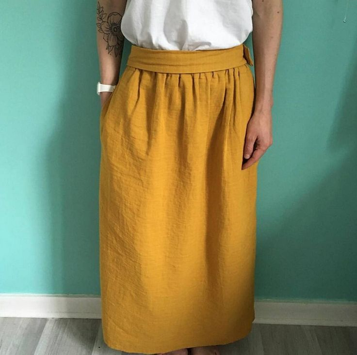 On adore la jupe de @pierrotetjeannette en lange épais moutarde #pierrotetjeannette #franceduvalstalla #lange