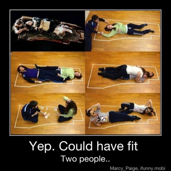 i love this movie... but lets be serious...: Fit, Titanic, Roses, Jack O'Connell, Funny Stuff, Movie, Things, Room