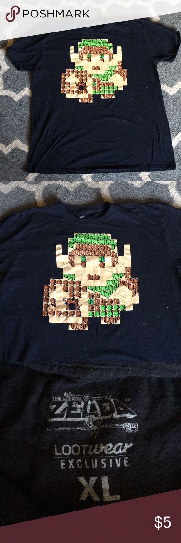 Mens Legend of Zelda tee Black legend of Zelda tee. Excellent condition never worn. Shirts Tees - Short Sleeve