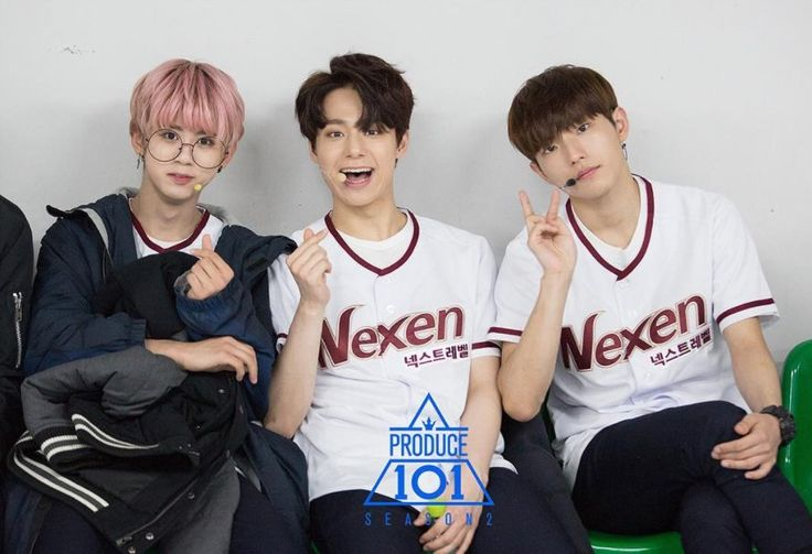 Lee Seokyu (이서규) of Pureboy, Yeo Hwanung (여환웅) Lee Gwanghyun - was contestant in the Show Boys24 (이광현)
