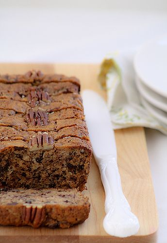 banana bread w/ chocolate chunk and pecans by Cindy | Hungry Girl por ...