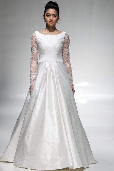 Anneli | The London Collection by Emma Hunt | White Gallery #weddingdress #madeinengland