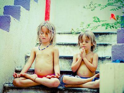 yoga enfant garcon
