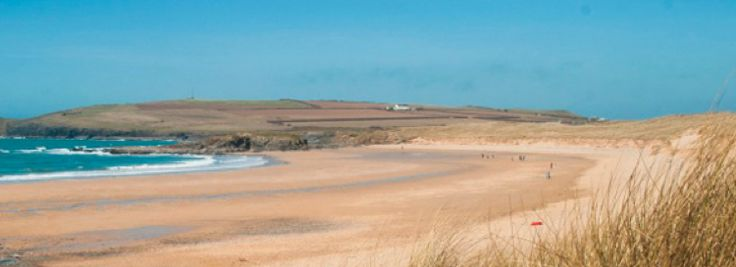 Ten Child Friendly Holidays in Cornwall including @Gwelanmor @bedruthansteps @coombe