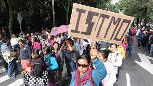 Marcharán maestros de la CNTE en Oaxaca - http://www.tvacapulco.com/marcharan-maestros-de-la-cnte-en-oaxaca/
