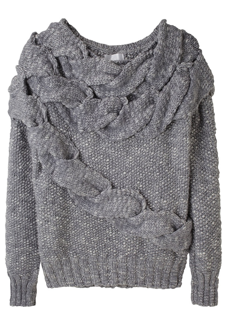 doo.ri / exaggerated cable sweater