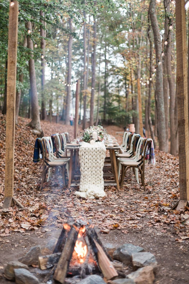 winter forest weddings - photo by Carography Studios http://ruffledblog.com/georgia-woodland-wedding-inspiration