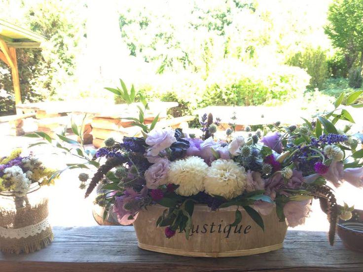 levendulás esküvő, lila esküvő, dekorácó, levander wedding, wedding decoration, main table decoration