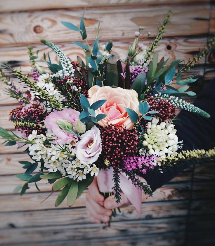 Great wedding bouquet with Skimmia and Erica