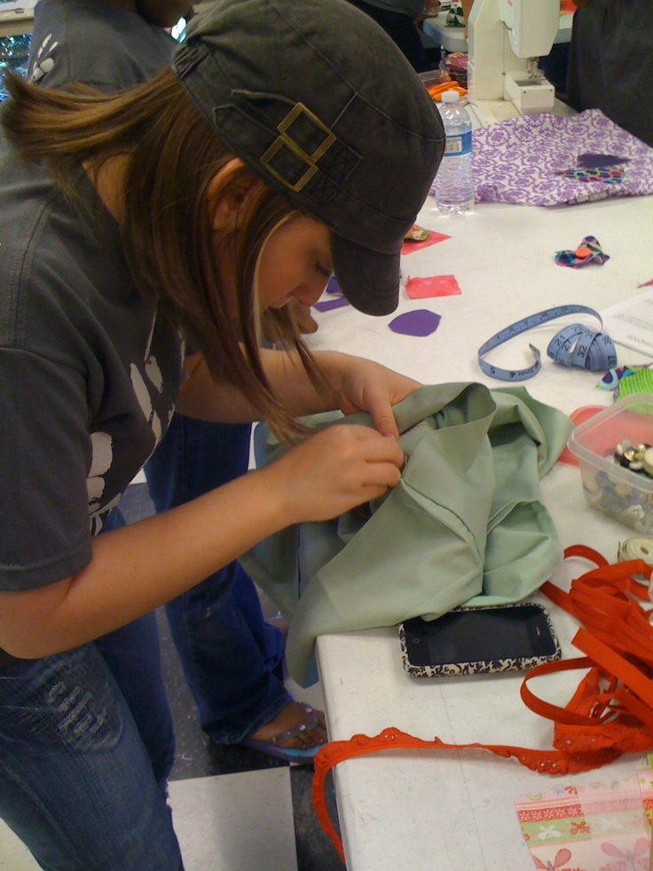 """""""One Day"""" sewing pillowcase dresses for Uganda. Carol's first time to sew and she made a dress!"""